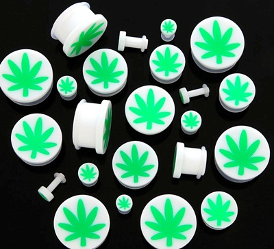 pot leaf plugs